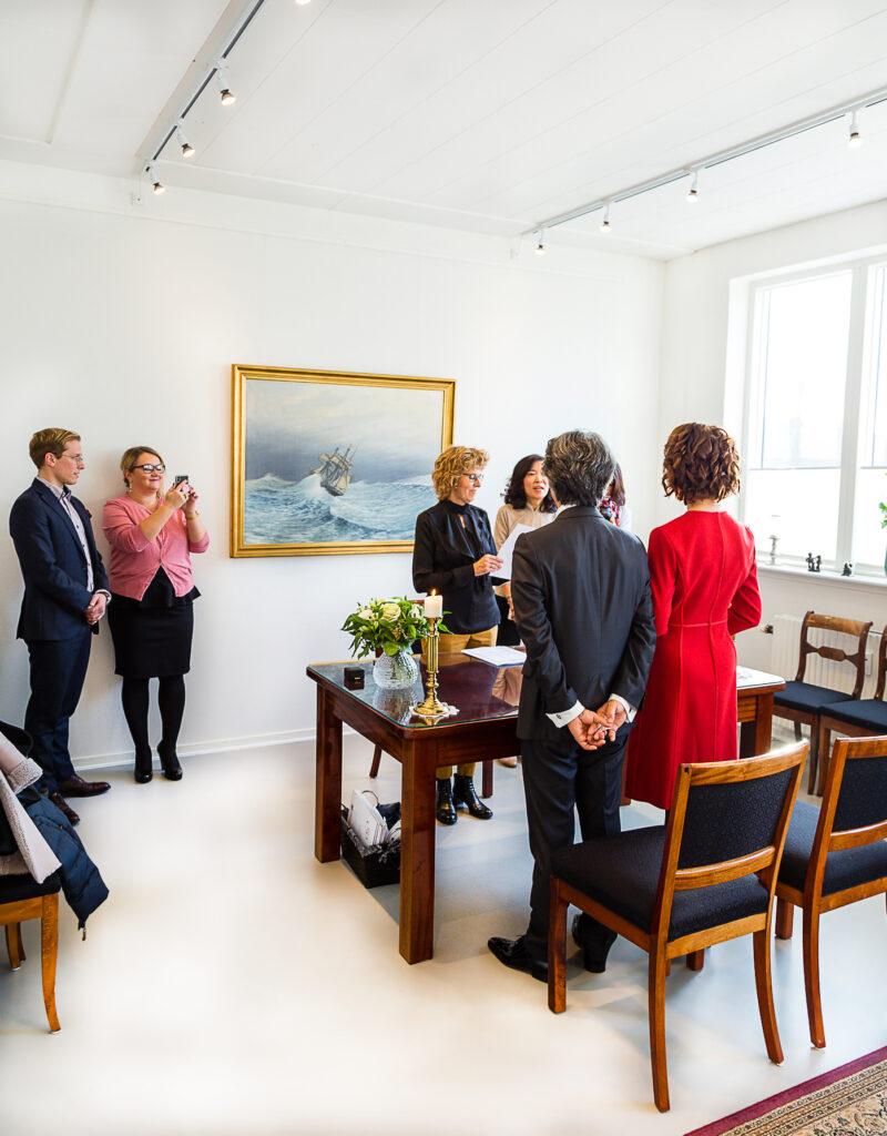 брак-в-Дании