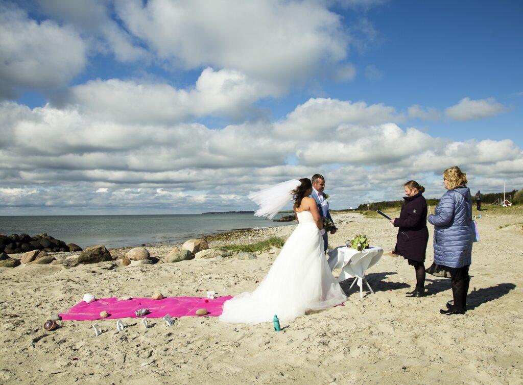 Beach Wedding Denmark (14)