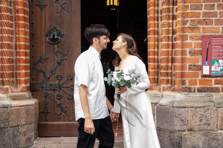 get marry in denmark 3 (2)